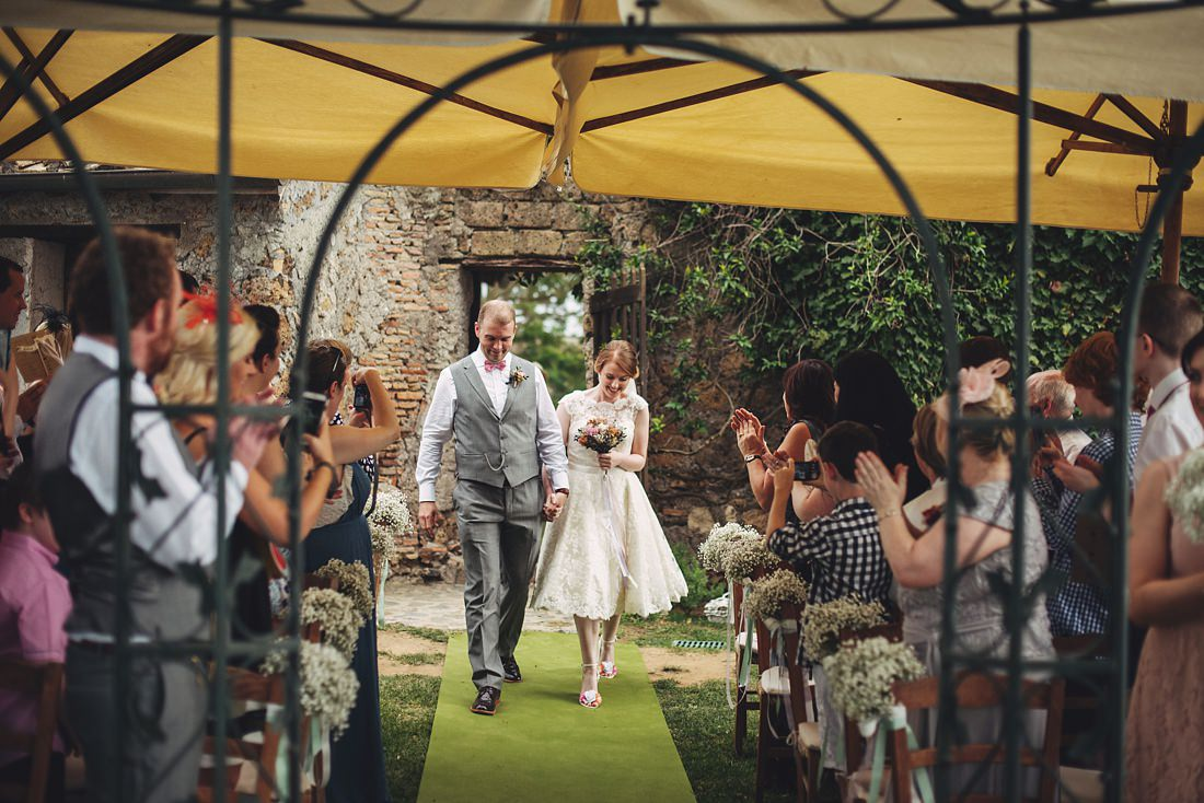 Walking down the aisle at Borgo di Tragliata